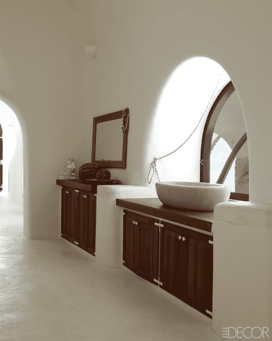 s2 Mediterranean inspired interior: airy fairy and brightness
