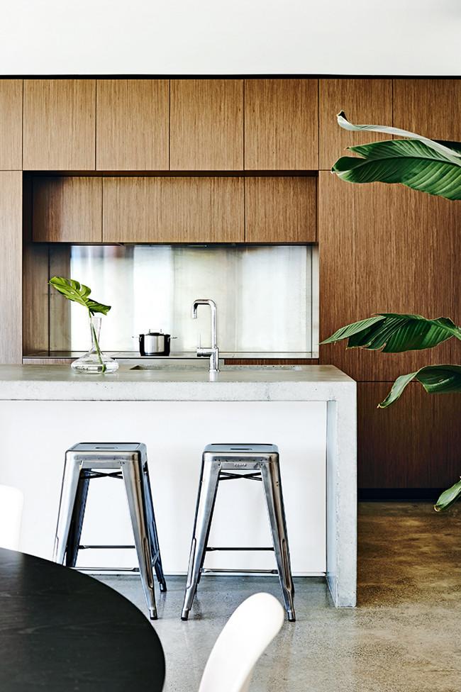 934571 1 lp Modern Melbourne Family Home