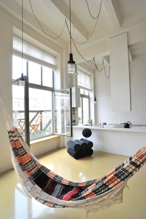 FACTORY LOFT WITH AN INTEGRATED HAMMOCK BY INBLUM ARCHITECTS. Tumblr Collection #3