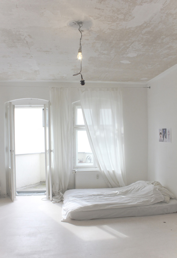 10 Elegant and Functional Minimalist Bedroom Ideas You Can Try Right Now