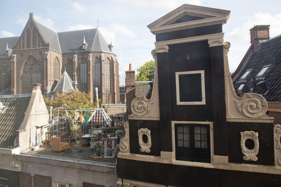 Freunde15 Warm Canal House in Amsterdam of 100 Years Old Lady