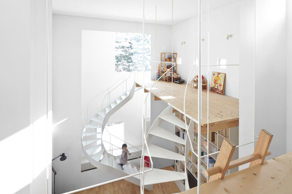 minimalfamily14 Super Minimal Family House in Japan