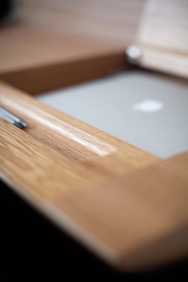 ernest desk 3 Ernest Desk   a minimalist office desk by designer Borja Garcia