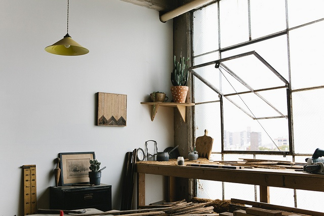 loft workspace Industrial Windows: When and How You Should Use Them?