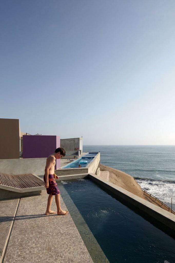 vedoble 682x1024 How Barclay&Crousse Architects Embellished Peru