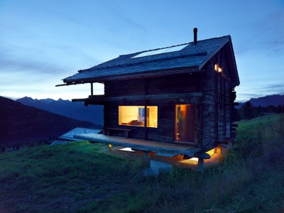 Don't Judge a Book By its Cover Or How S.Fabrizzi Architects Renovated a Cottage In The Mountains
