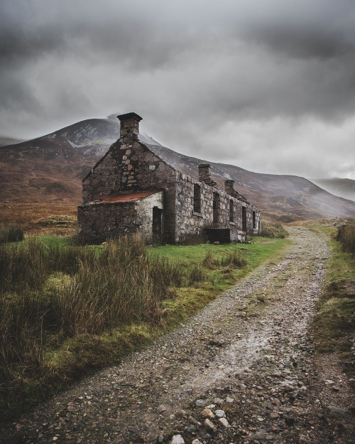 highland by daniel alford  Tumblr Collection #12
