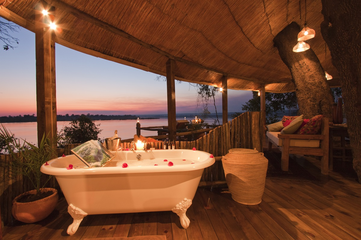 tree house at tongabezi lodge 10 Most Amazing Treehouse Hotels From Which You Would Never Wish To Check Out