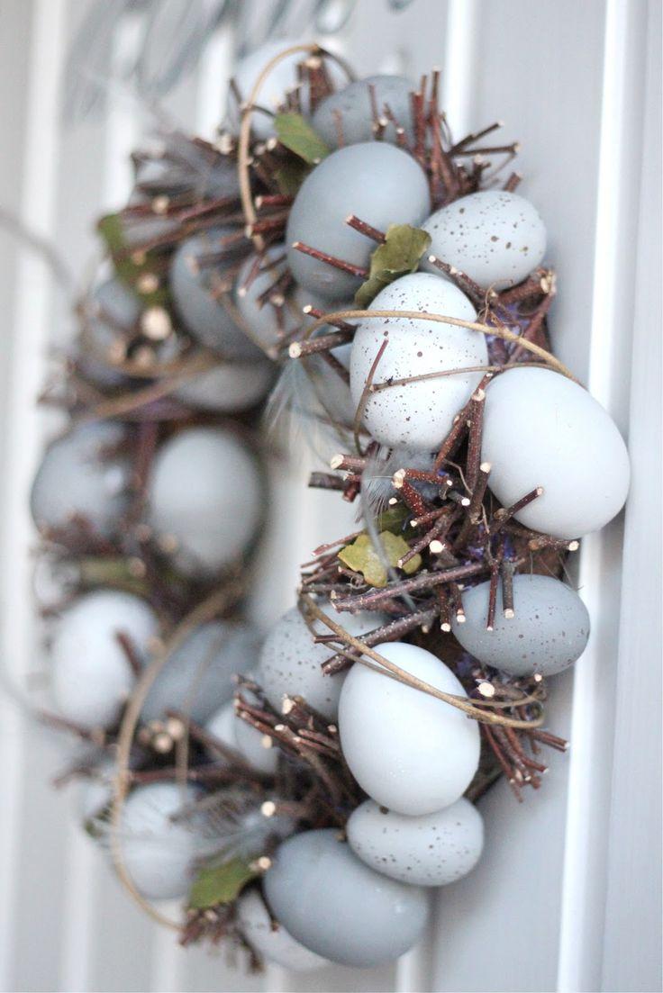 3819baf9d544905845be3f696d7324a8 25 Beautiful Easter Decor Ideas