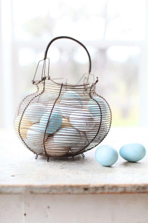 9aea755fa505ed58114796c40571cac8 25 Beautiful Easter Decor Ideas