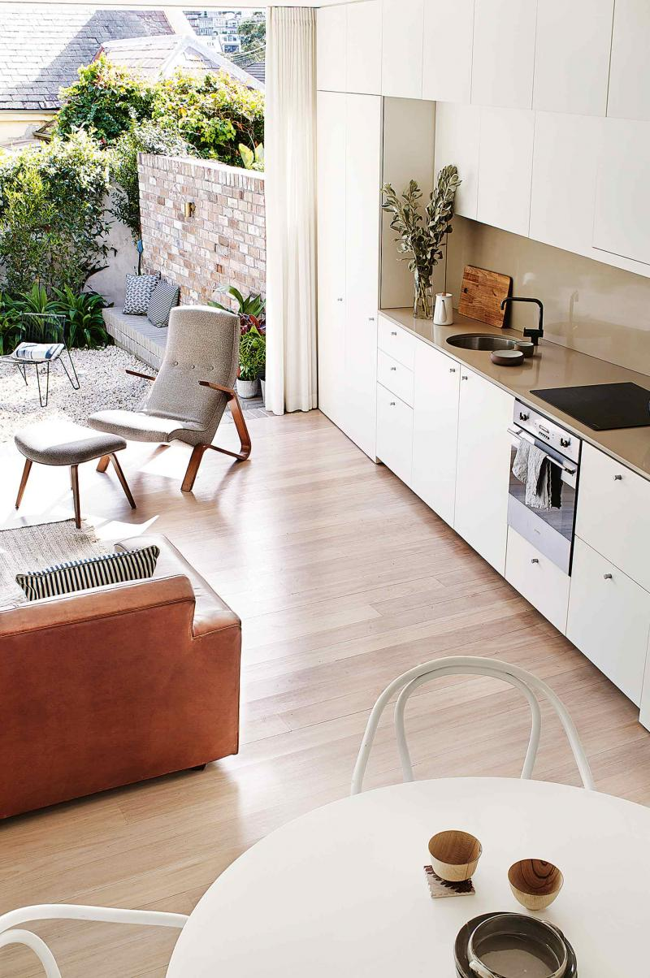 dec benn home modern kitchen living 20150211144657q75dx800y u1r1g0 Warm and Lively Australian Home