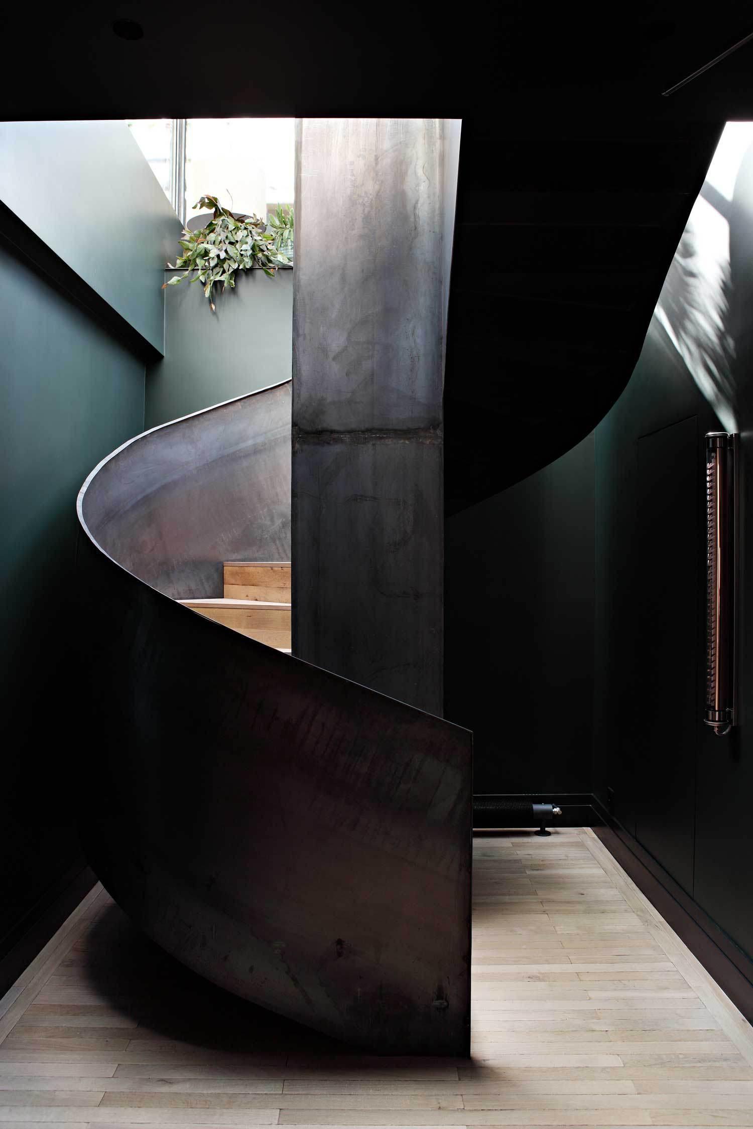 sultry parisian loft Sultry Parisian Loft