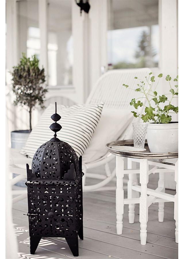 44b50845b73dfc6e4856246a28512427 Black and White Deck Design