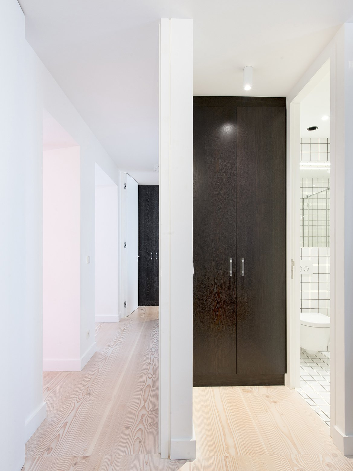 apartment in paris by spamroom 10 Apartment in Paris by spamroom + LEAinvent