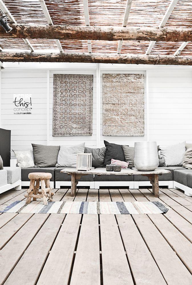 b66331cfd41b461e087c390bf32ce069 Black and White Deck Design