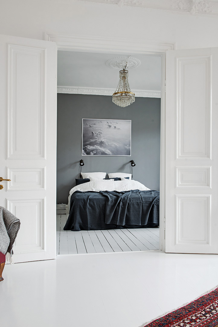 bedroom with a grey wall 2 50 Awesome Bedroom Ideas