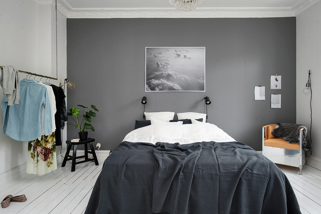 bedroom with a grey wall 50 Awesome Bedroom Ideas