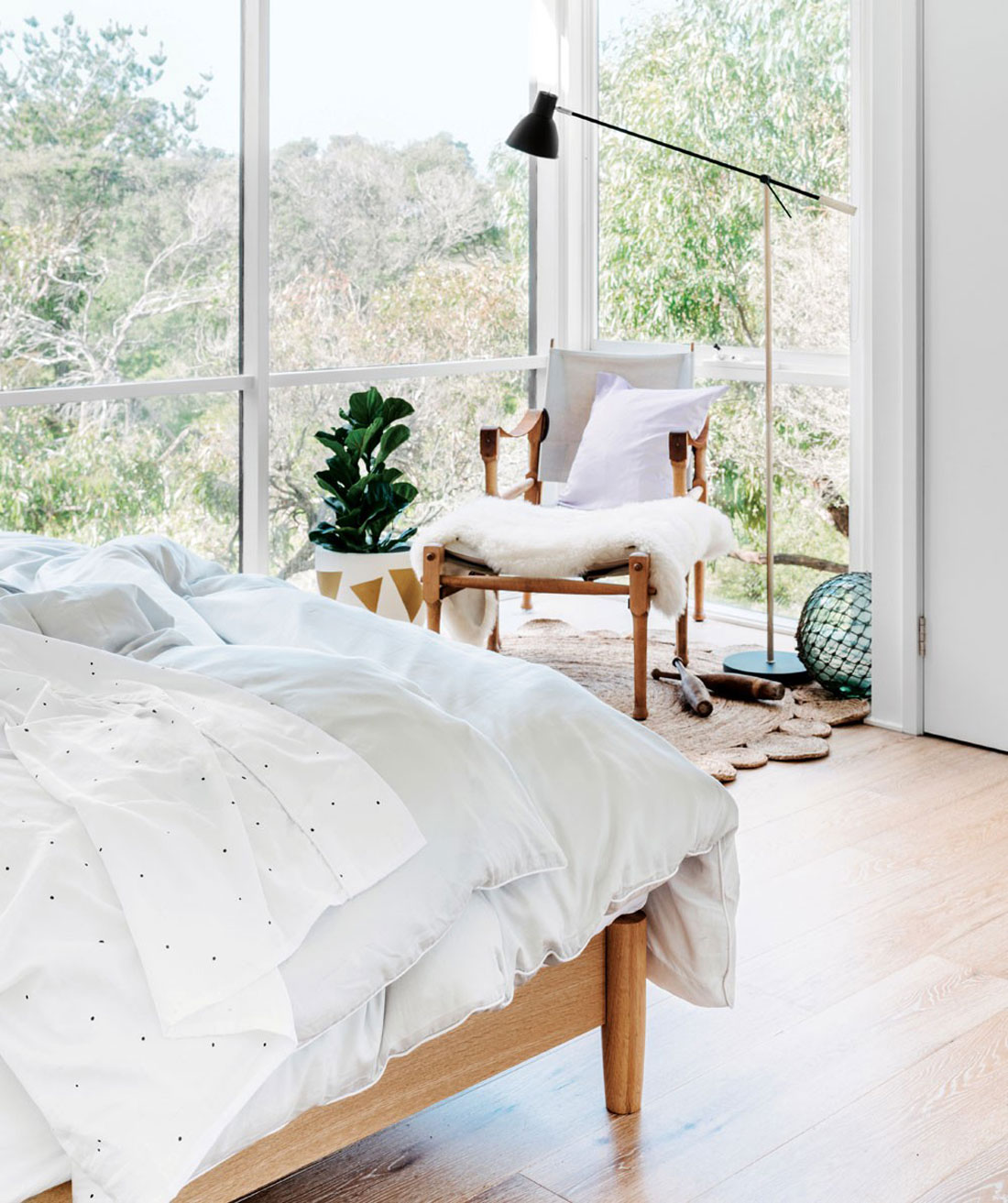 corner window 50 Awesome Bedroom Ideas