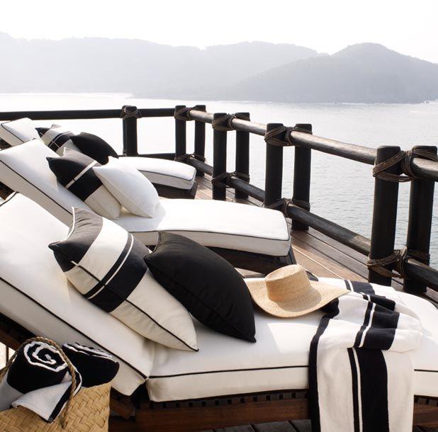 d2241c359d00c8de8ce9d75189b2fd96 Black and White Deck Design
