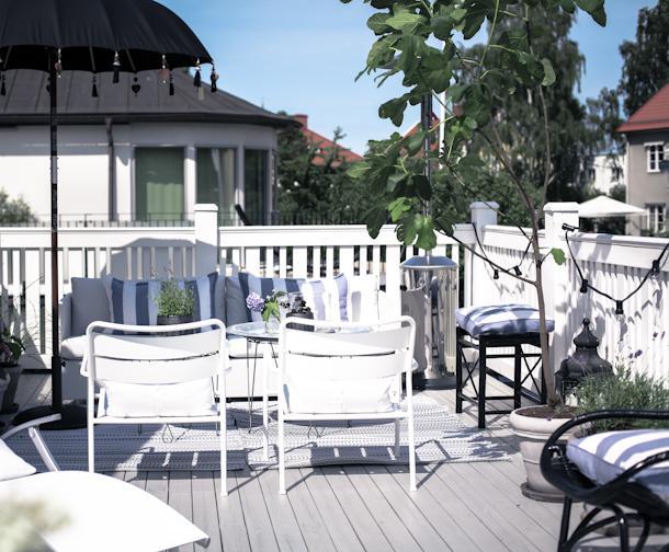 img 1780 Black and White Deck Design