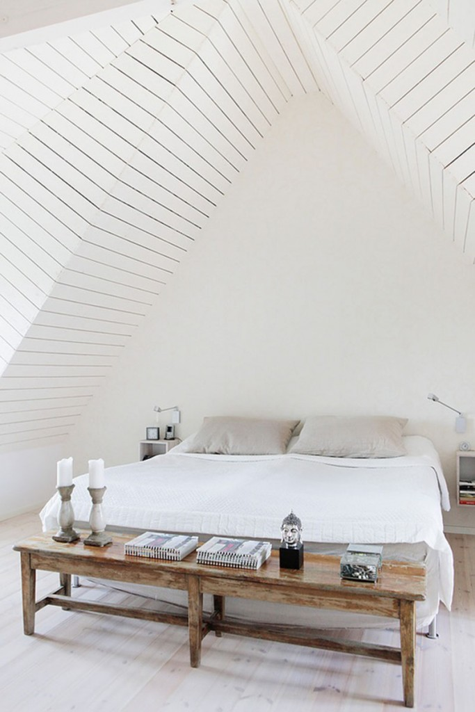 streamlined walls 683x1024 3 Interior Tips to Help Make Your Bedroom More Comfortable