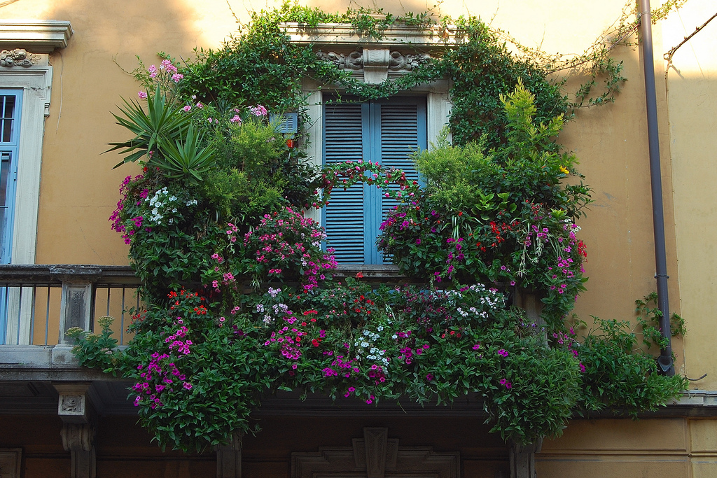 balcony in milan 35 Worlds Most Beautiful Balconies