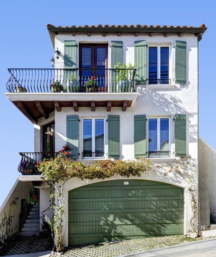 baroque balcony los angeles mediterranean style 35 Worlds Most Beautiful Balconies