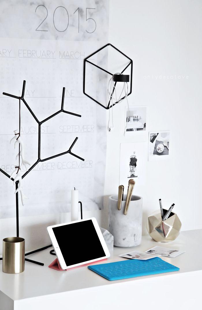 ea33da01fd0bfaf0d877a7b470750ede Useful Home Office Ideas