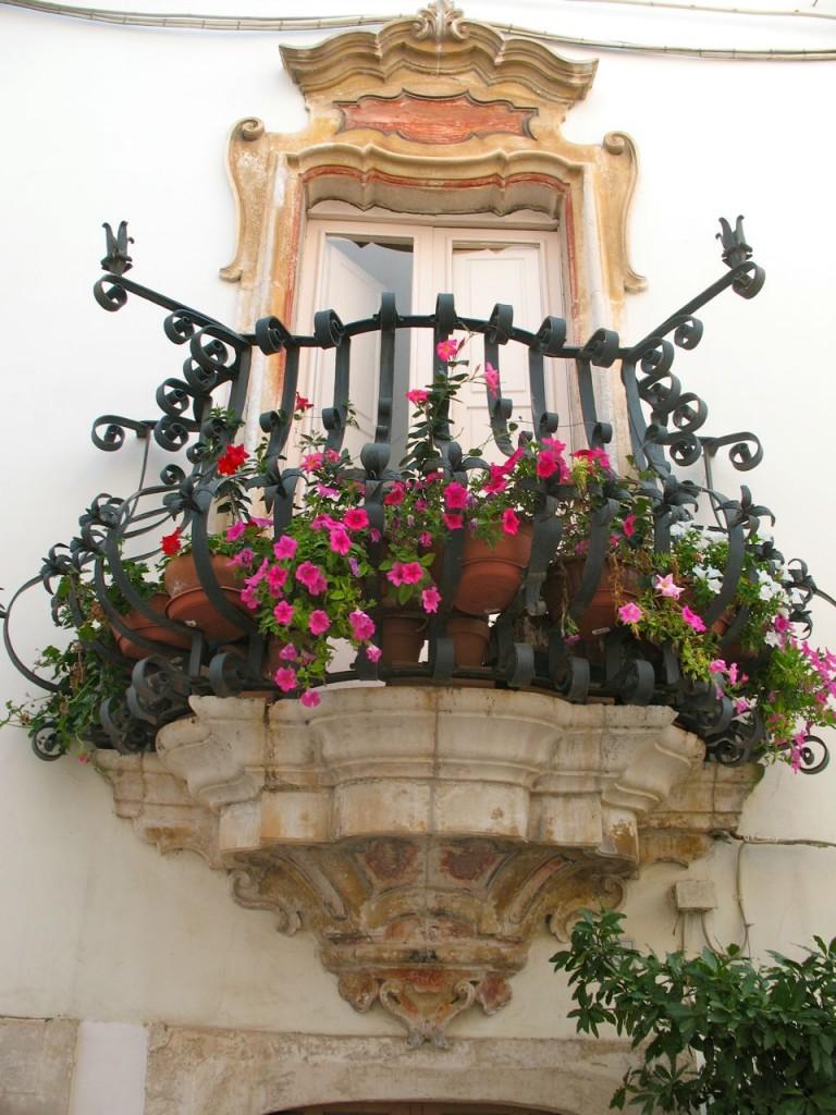 locorotondo italy 768x1024 35 Worlds Most Beautiful Balconies
