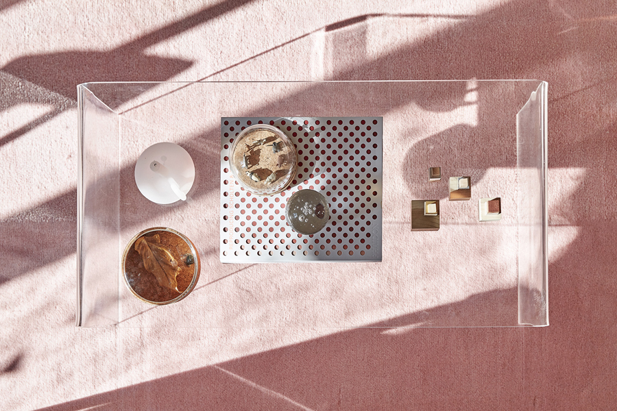 white apartment 122 White and Pink Apartment