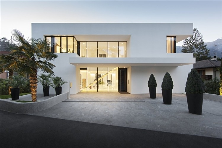 001 house m Modern House by Monovolume