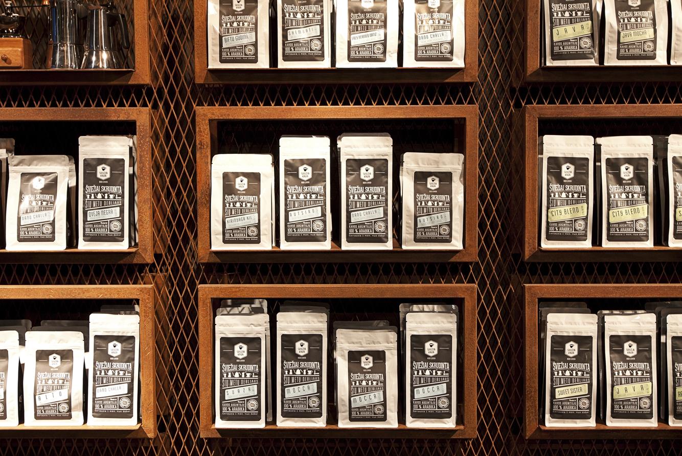 sviezia kava huracan coffee vilnius lithuania 4 Coffee Shop ŠVIEŽIA KAVA In Vilnius