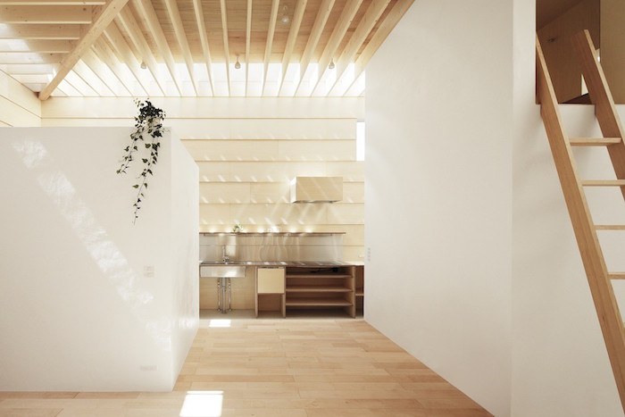 a wooden house in japan filled with natural sunlight 3 A Wooden House In Japan Filled With Natural Sunlight