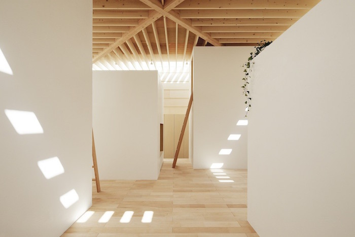 a wooden house in japan filled with natural sunlight 4 A Wooden House In Japan Filled With Natural Sunlight