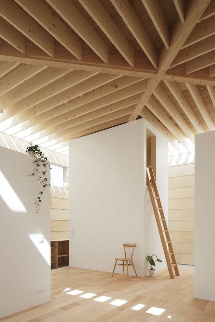 a wooden house in japan filled with natural sunlight 5 A Wooden House In Japan Filled With Natural Sunlight