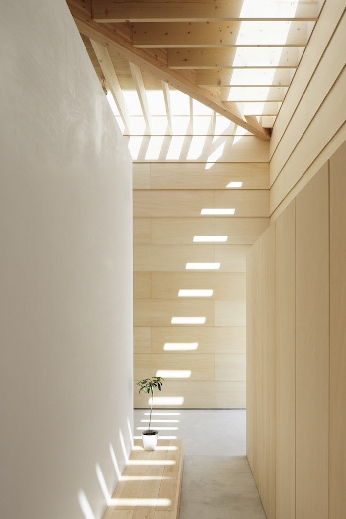 a wooden house in japan filled with natural sunlight 6 A Wooden House In Japan Filled With Natural Sunlight