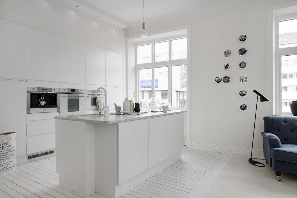 sfdbbb646405f3241b1950d9efcbcc0d2b3 1024x683 White Apartment   Sweden