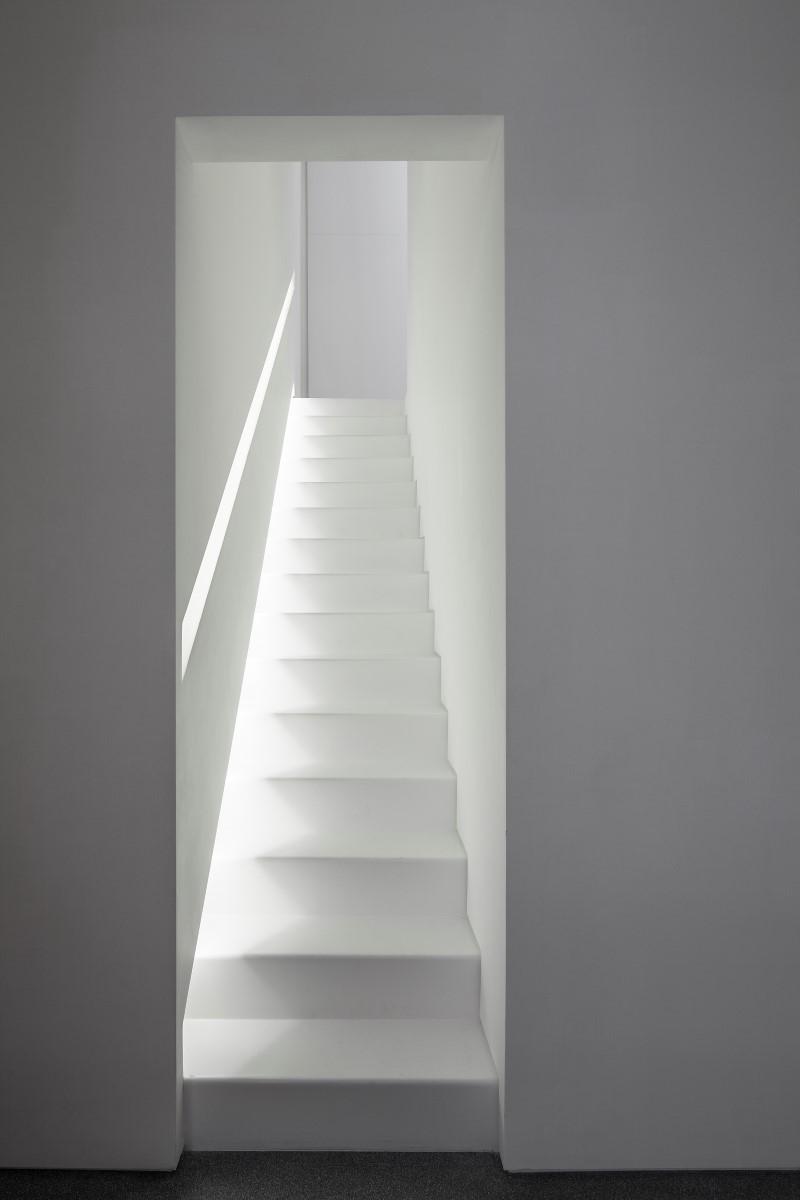 white23 Layers of White