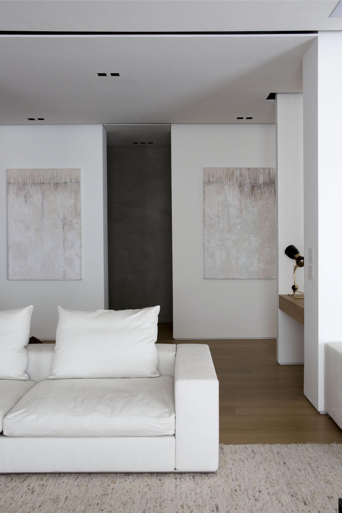 08 bonucci Sleek Modern by Fabio Fantolino