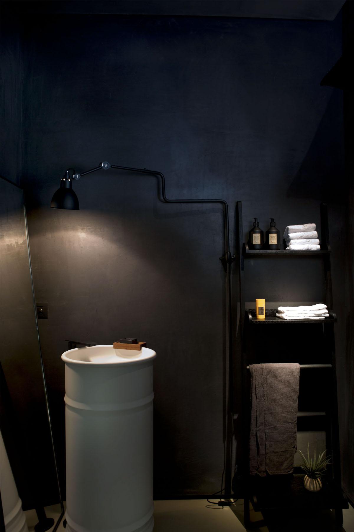 14 bonucci Sleek Modern by Fabio Fantolino