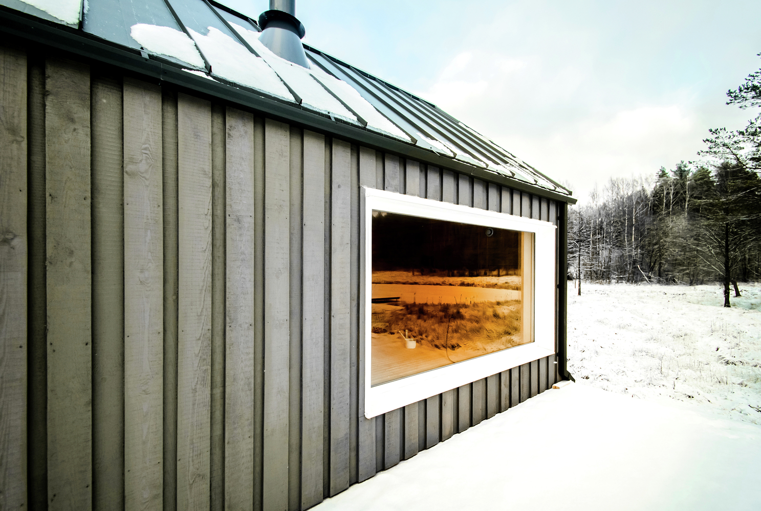 hunting house surrounded by woods in lithuania 8 Hunting House Surrounded By Woods In Lithuania