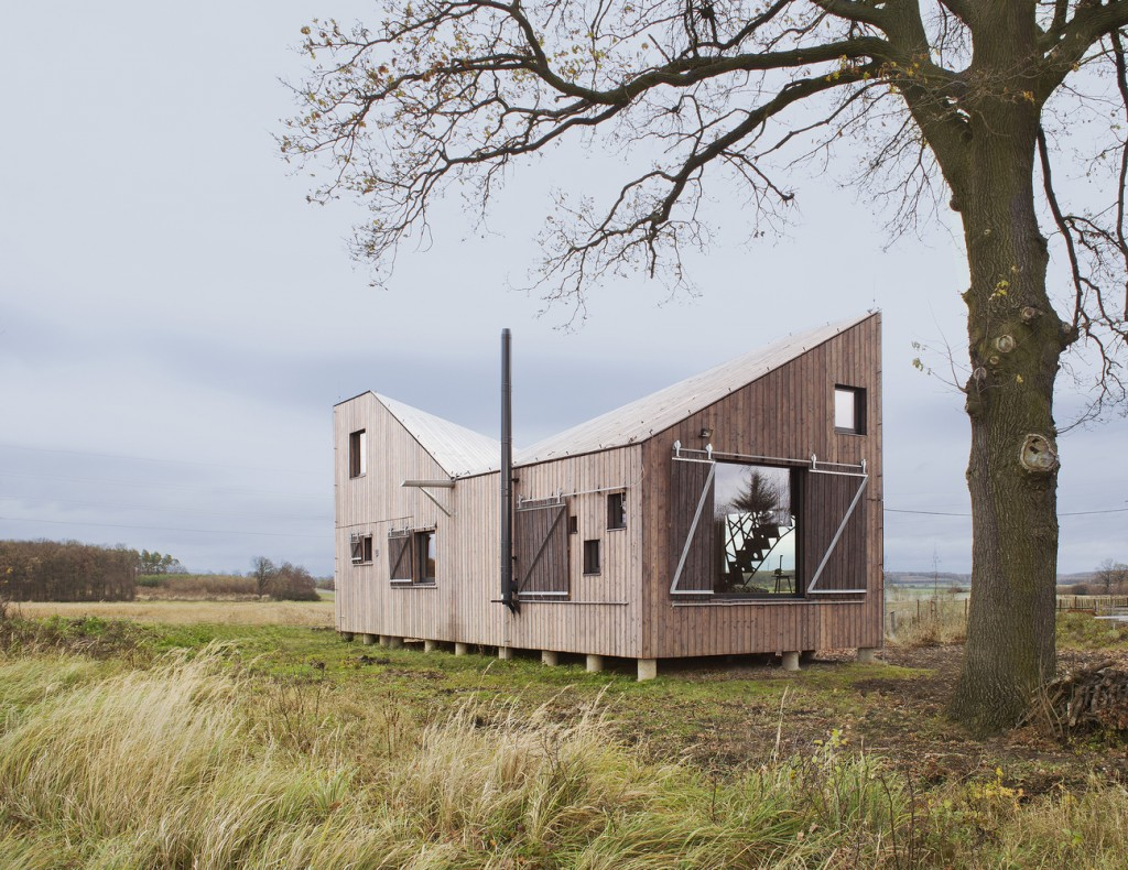 low energy wooden house zilvar in eastern bohemia 10 1024x790 Low Energy Wooden House Zilvar In Eastern Bohemia