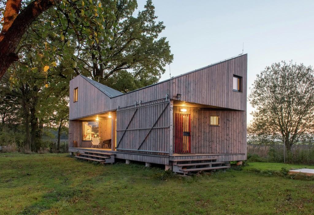 low energy wooden house zilvar in eastern bohemia 11 1024x701 Low Energy Wooden House Zilvar In Eastern Bohemia