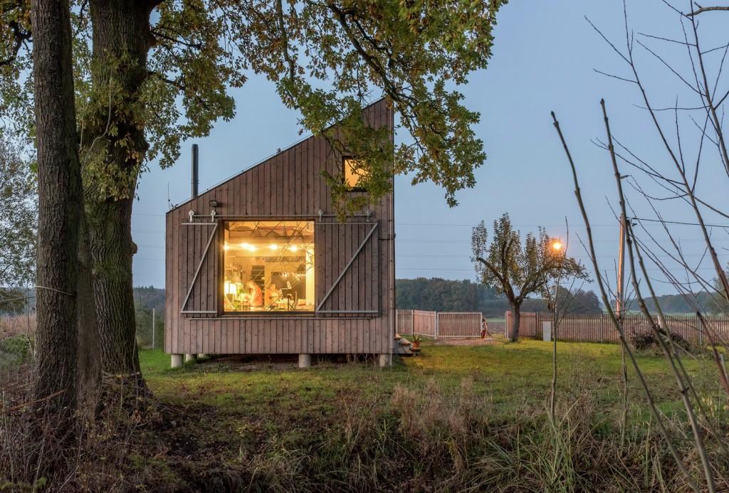 low energy wooden house zilvar in eastern bohemia 13 1024x693 Low Energy Wooden House Zilvar In Eastern Bohemia