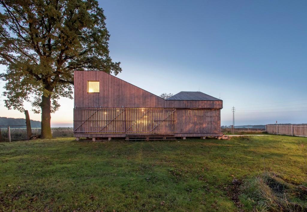low energy wooden house zilvar in eastern bohemia 5 1024x709 Low Energy Wooden House Zilvar In Eastern Bohemia