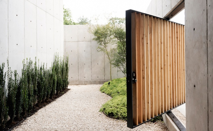 minimal concrete house by robertson design studio 4 Minimal Concrete House By Robertson Design Studio
