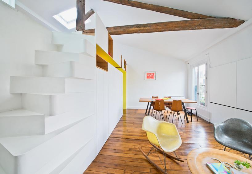 parisian apartment of a young fashion designer 2 Vertical Garden Grows In This Parisian Apartment Of A Young Fashion Designer