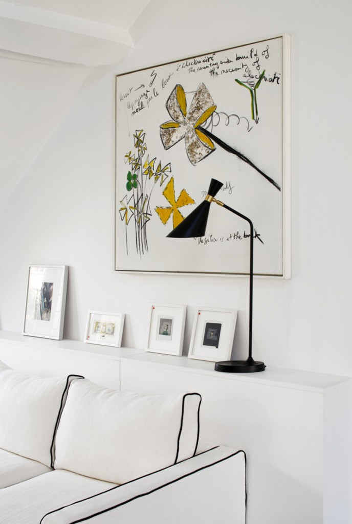 parisian duplex 5 688x1024 Wall Accent Ideas to Spice up Your Interior Design
