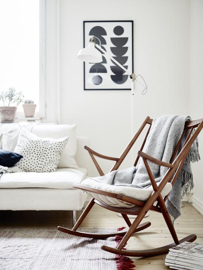 20 Stylish Rocking Chairs