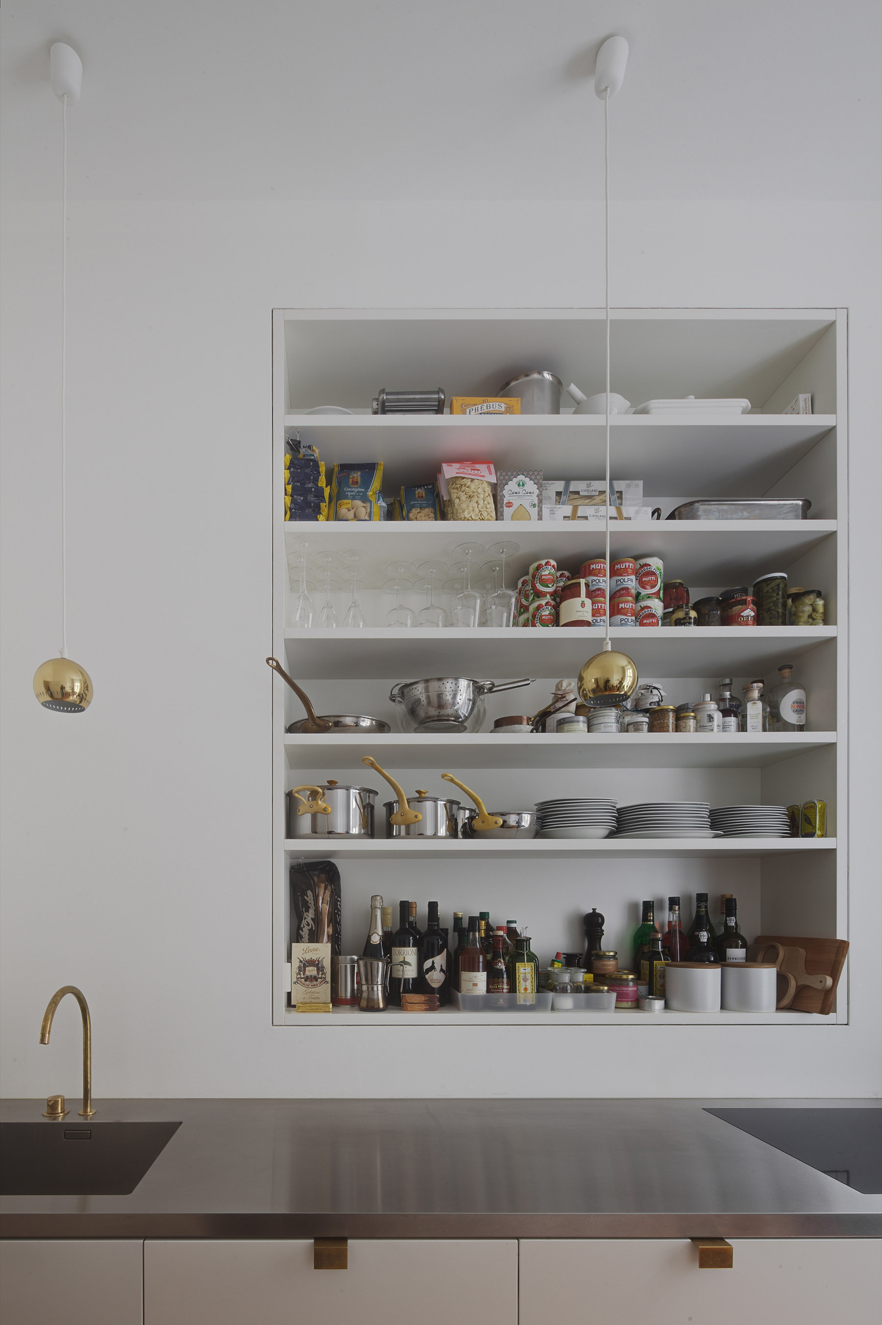 subtle apartment in berlin renovated by atheorem architects 5 Subtle Apartment In Berlin Renovated By Atheorem Architects